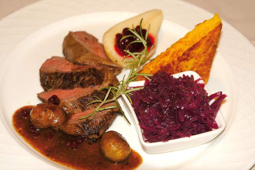 Köstliche Wildspezialitäten | © Kaminstubn