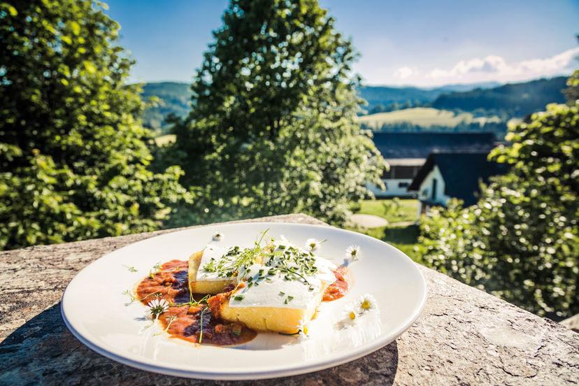 Köstlichkeiten im Bio-Hotel - Alpengasthof Koralpenblick | © Lupi Spuma